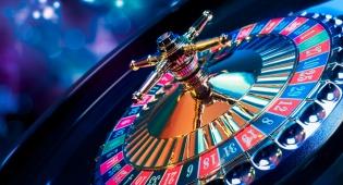 """אם הדירה תימכר התובע יבזבז את הכסף? אילוסטרציה - אם הדירה תימכר """"הבעל יבזבז את הכסף על הימורים"""""""
