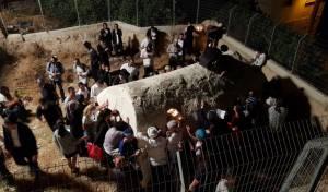 הלילה: 400 איש בקברי איתמר ואלעזר