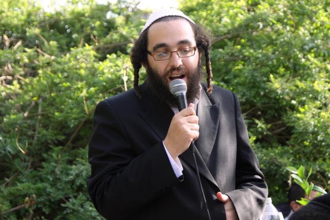 כותב השורות, הרב ישראל פינטו
