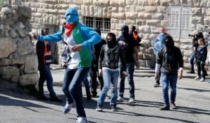 שני בחורים יהודים הותקפו באבנים ובמכות