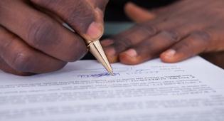 לא ניתן לראות בכתב הערבות חוזה הלוואה. אילוסטרציה - השופט דחה את תביעת הנושה: אין חוזה – אין חוב