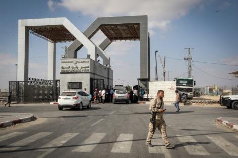 מעבר רפיח, ארכיון - השליטה במעברים הועברה מחמאס לרשות