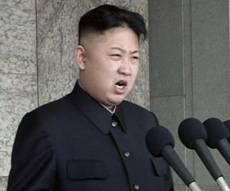 """צפון קוריאה """"עושה שרירים"""": 2 טילים שוגרו"""