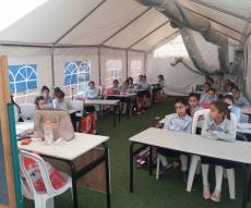"""תלמידות """"אור דוד"""" לומדות באוהלים • צפו"""