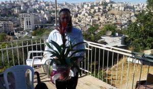 הפתעה לחולדאי: פרחים מתנה מברוך מרזל