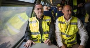 שחר איילון עם שר התחבורה ישראל כץ. ארכיון
