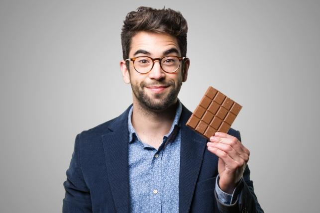 לא מפסיקים להשתעל? אכלו שוקולד