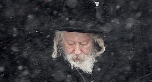 """האדמו""""ר מגור בארה""""ב, בעת ירידת השלג"""