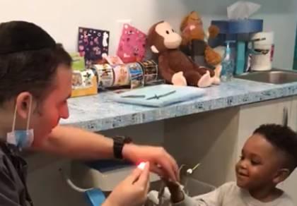רופא השיניים החרדי המקסים - תרתי משמע