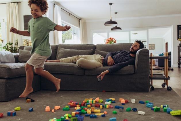 עצה מפתיעה לאיזון בין חיי נישואין וגידול ילדים
