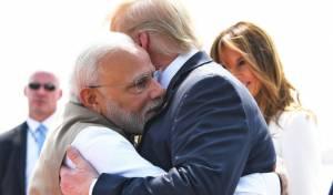 התרגשות בהודו: הנשיא דונלד טראמפ נחת