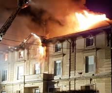 """השריפה משתוללת - שריפה בישיבה: """"רצנו עם הפיג'מות החוצה"""""""