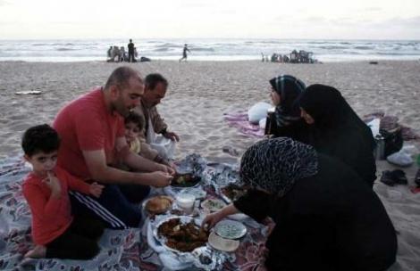 אילוסטרציה - בראשון לציון רוצים 'חוף נפרד' ל... פלסטינים