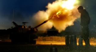 """התיעוד המרתק - """"אש, יורה"""" - והפגז פוגע בעמדת חמאס. צפו"""
