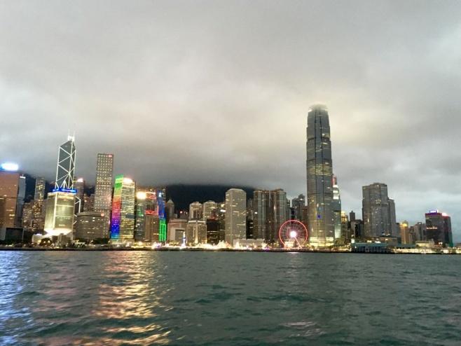 סיור דרך עדשת המצלמה לאי הונג קונג