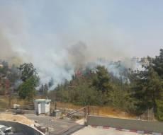 מטוסי כיבוי בשמי ירושלים - שריפה בירושלים: תושבים פונו מהבתים