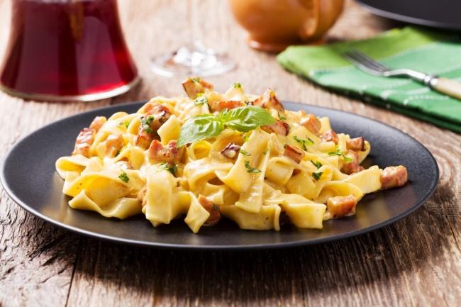 פסטה פטוצ'יני עם קבנוס ועגבניות שרי