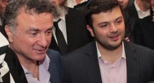 יצחק מירילשווילי, לצד אביו. מבעלי הערוץ