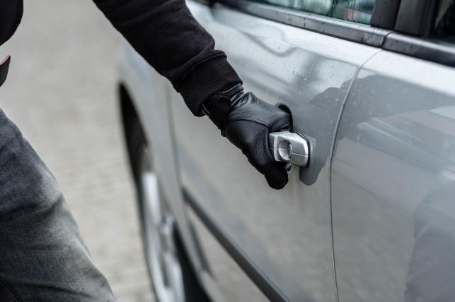 גנב רכב בקריית אונו ונעצר בזכות האיתוראן