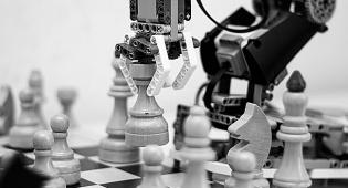 בעיית השחמט מוכיחה: האדם עדיף על המחשב