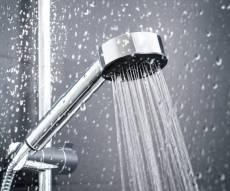 הלכה: יש להתקלח בבית ולא לטבול במקווה