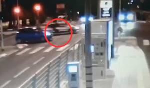 צפו: הגנבים נסעו עם הקורבן תלוי על רכבם