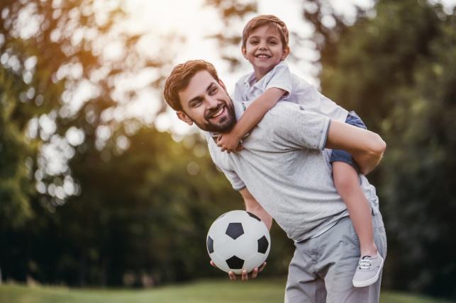 6 דברים שאסור לכם לעשות ליד הילדים