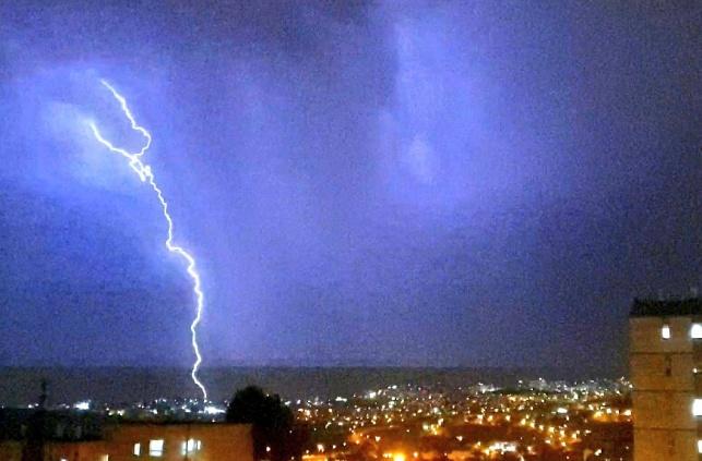 גשמים עזים בריכוזים החרדיים ברחבי הארץ