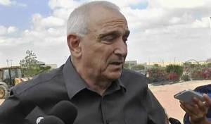 """השר אהרונוביץ': """"ימים לא קלים עוברים על המשטרה"""""""