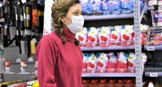 מדריך לימי קורונה: איך לנקות את המסכה