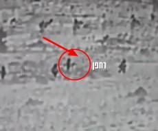 צפו: האיראנים שחוסלו צועדים עם הרחפן