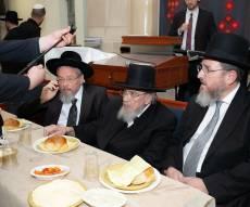 """גדולי הרבנים בסיום הש""""ס לע""""נ הרבנית • צפו"""