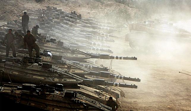 """טנקים של צה""""ל בגבול הרצועה"""