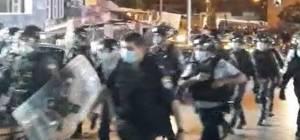 רימוני הלם: לילה סוער בבני ברק בעקבות תקיפת השוטרים