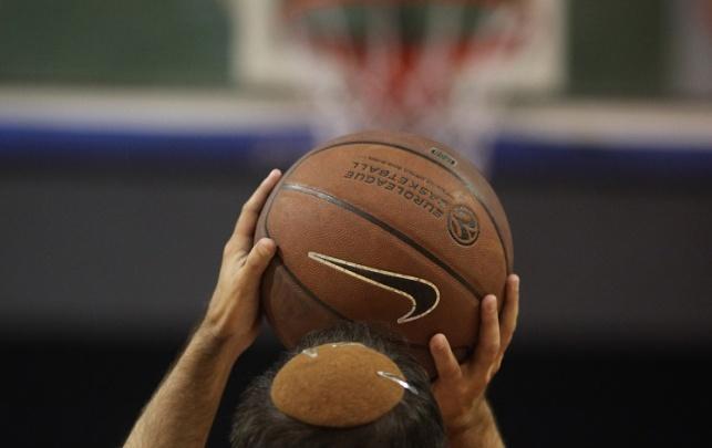 גם בכדורסל: מותר ללבוש כיפה במשחקים
