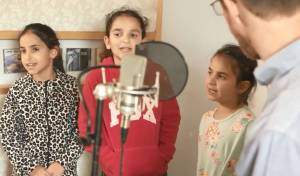 """ילדי הרב רזיאל שבח הי""""ד שרים לזכרו • צפו"""