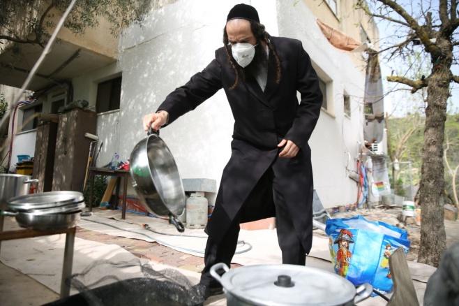 בצל ה'קורונה': כך הגעילו כלים בעיר צפת