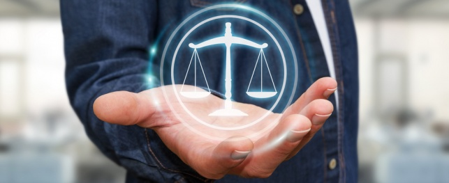 """יו""""כ: זמן לחשבון נפש גם בתחום המשפט"""