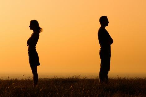 להחזיר את שלום הבית בין בני הזוג. י.נ.ר. אילוסטרציה - לגשר על הפערים: להחזיר את שלום הבית בין בני הזוג