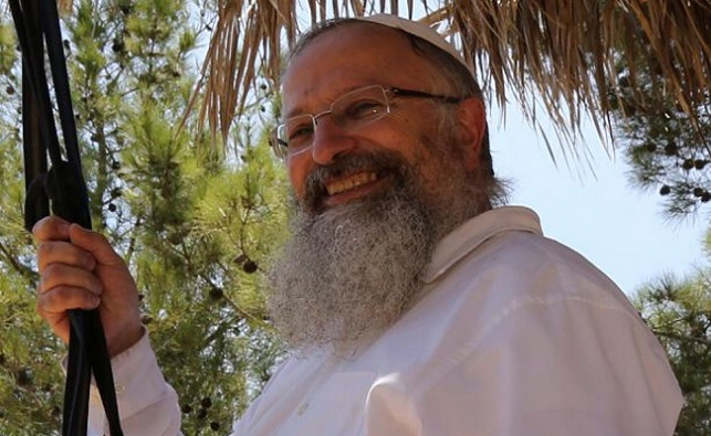 הרב שמואל אליהו, ארכיון