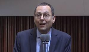 בווידיאו: האוזר בנאום בן דקה, אתמול בכנסת