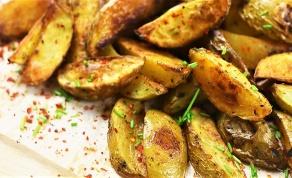 תפוחי אדמה מתובלים בתנור - הולכים עם הכל: תפוחי אדמה מתובלים בתנור