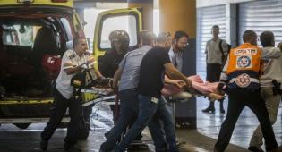 אילוסטרציה, ארכיון - רוכב אופנוע ושני רוכבי אופניים נפגעו