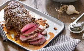 פילה בקר צלוי בתנור עם חרדל ושום