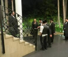 ההכנות לחתונה - שמחה בסאטמר: הרבי יגיע לביקור בישראל