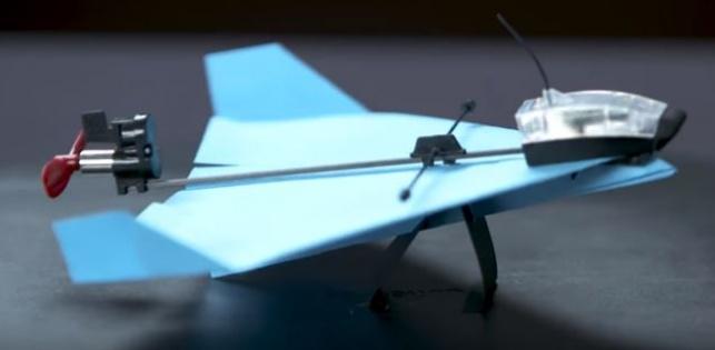 בקרוב שליטה על מטוסי נייר דרך הפלאפונים החכמים