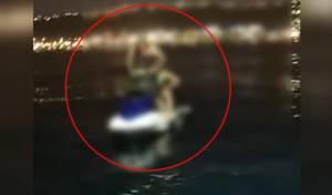 שני אחים נתקעו עם ה'אופנוע ים' וחולצו