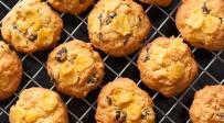 לא רק לארוחת בוקר: עוגיות פריכות עם קורנפלקס וצימוקים