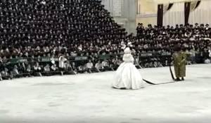 הרבי בריקוד ה'מצווה טאנץ' עם הכלה • צפו