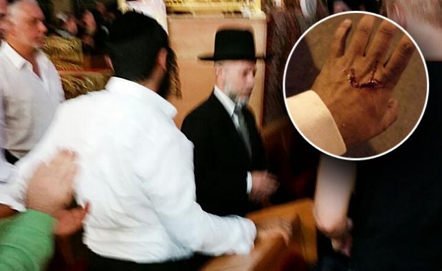 הרב זמיר כהן מוברח מבית המדרש על ידי תלמידיו